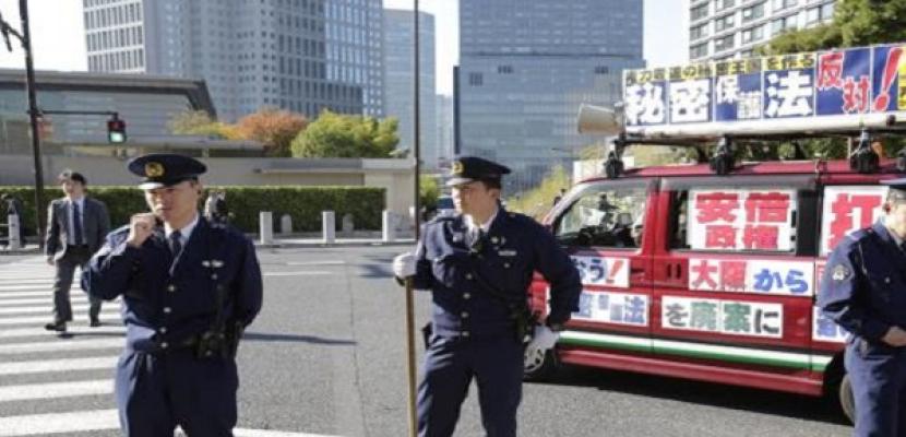 إطلاق قذيفتين يدويتي الصنع قرب قاعدة عسكرية أمريكية في طوكيو