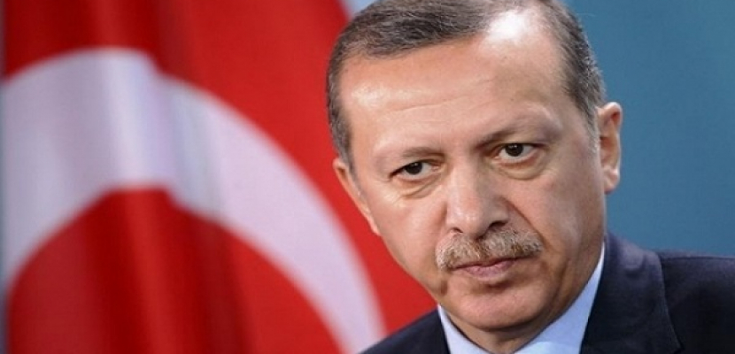 متظاهرون باسطنبول يطالبون باستقالة اردوغان