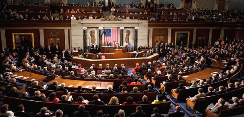 """""""الشيوخ الأمريكي"""" يوافق على مشروع قانون للعدالة الجنائية"""