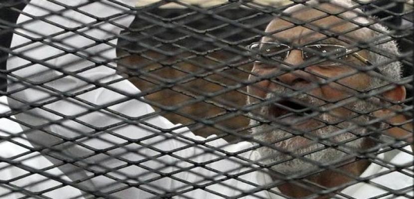 نظر محاكمة بديع و46 من قيادات الإخوان فى أحداث قسم شرطة العرب