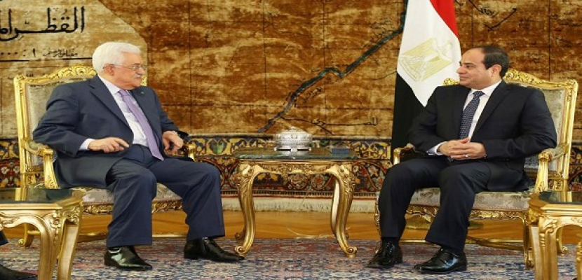الرئيس الفلسطيني يشكر السيسي على الدور الكبير الذي قامت به مصر لتحقيق المصالحة