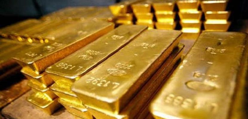 أسعار الذهب تتماسك بفعل ضعف الدولار