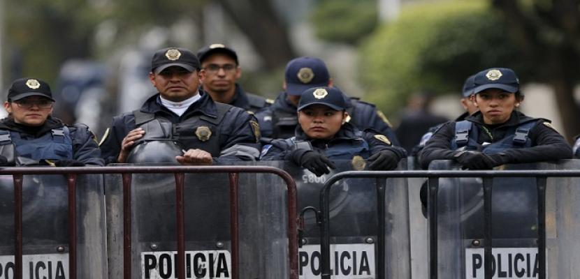 المكسيك تبدأ خطة نشر 6 آلاف جندي لمواجهة الهجرة