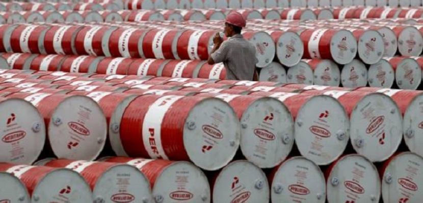 الرياض السعودية : المملكة حريصة على استقرار أسواق النفط بعد عقوبات إيران