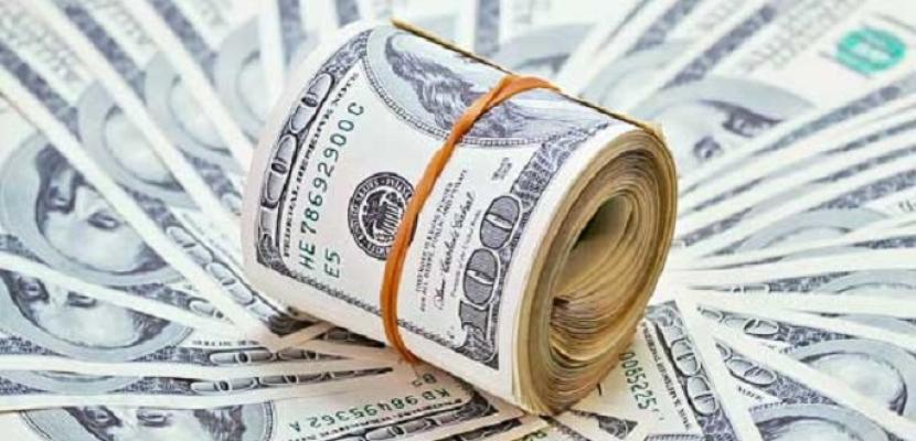 استقرار الدولار في البنوك الحكومية ويتخطي حاجز ١٨ جنيها في البنوك الخاصة