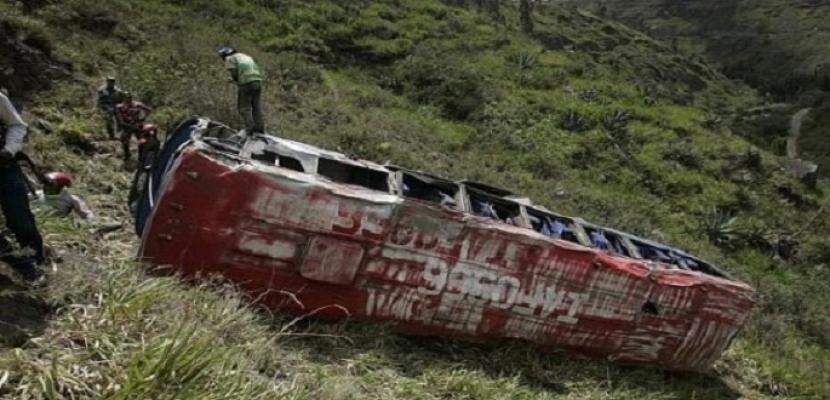 مقتل وإصابة 26 شخصا إثر سقوط حافلة بواد في الهند