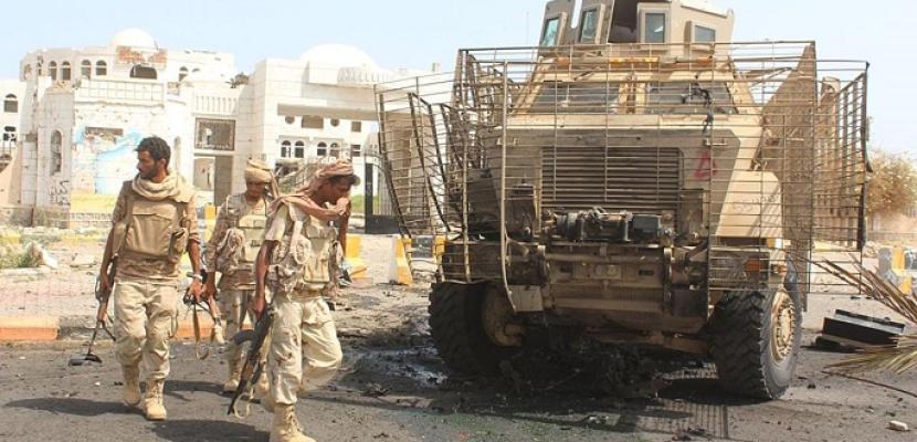 تجدد المعارك غرب تعز والتحالف العربى يقصف مواقع الحوثيين فيها