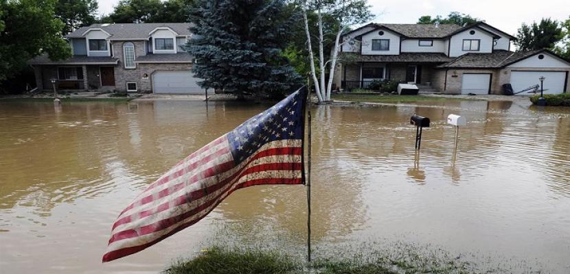 أوامر بإجلاء الآلاف في كاليفورنيا ونيفادا بسبب الفيضانات