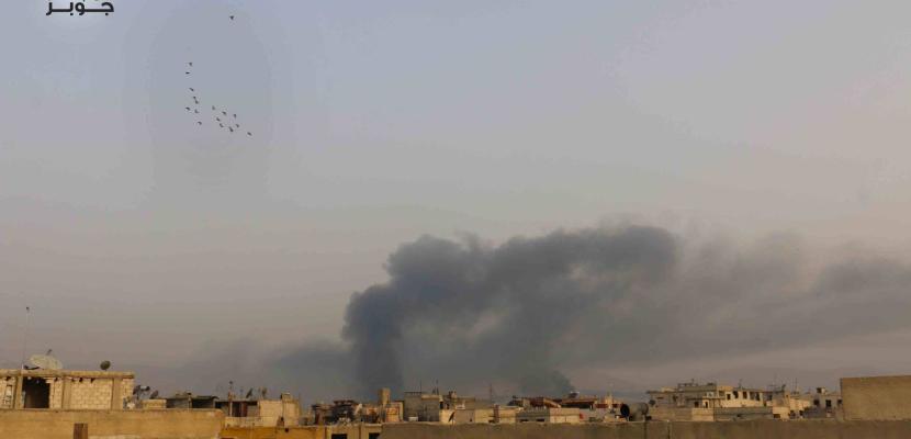عشرات القتلى وسط غارات على مواقع المسلحين شرق دمشق