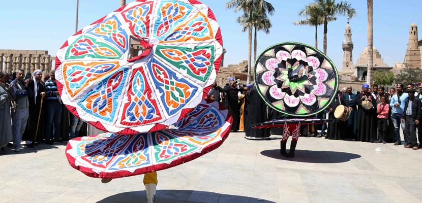 """بالصور .. احتفالات بوصول """"شعلة الثقافة العربية"""" للأقصر"""