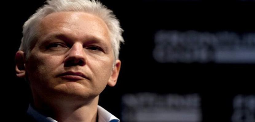 """وزير العدل الأمريكي: اعتقال أسانج """"أولوية"""" للولايات المتحدة"""