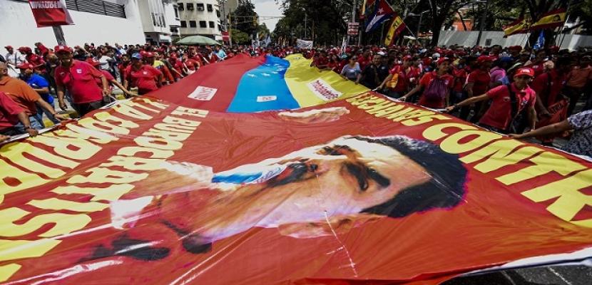 """رئيس البرلمان المعارض يدعو إلى تعبئة لتشكيل """"حكومة انتقالية"""" في فنزويلا"""