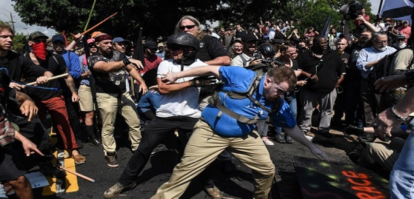 اشتباك في فيرجينيا الأمريكية قبل تجمع لليمين المتطرف