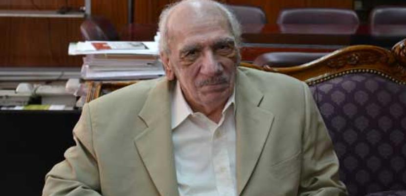 """رئيس """"الوطنية للإعلام"""" ينعي الكاتب والسيناريست محفوظ عبدالرحمن"""