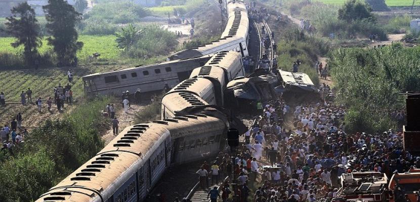 انتهاء عمليات رفع آثار حادث قطارى الاسكندرية وانتظام حركة القطارات