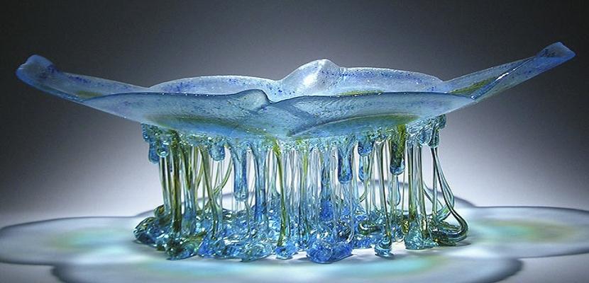 قناديل البحر .. من الزجاج