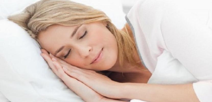 إليك خطوات العناية الليلية ببشرتك قبل النوم