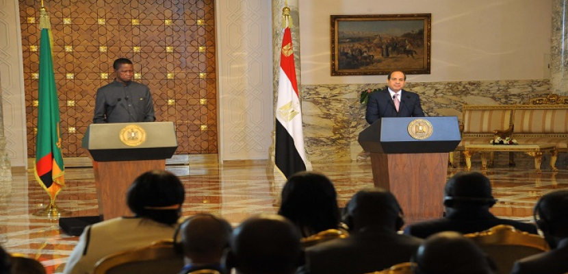خلال مؤتمر صحفي مع نظيره الزامبي.. الرئيس السيسي: مصر وزامبيا ترتبطان بعلاقات متميزة على مدار عقود
