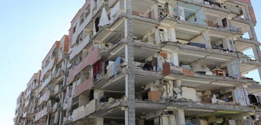 ارتفاع عدد ضحايا زلزال إيران إلى 530 قتيلا وأكثر من 8000 مصاب