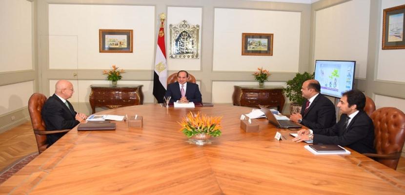 الرئيس السيسي يوجه بضرورة استغلال المزايا النسبية والمقومات الصناعية والسياحية لمنطقة غرب مصر