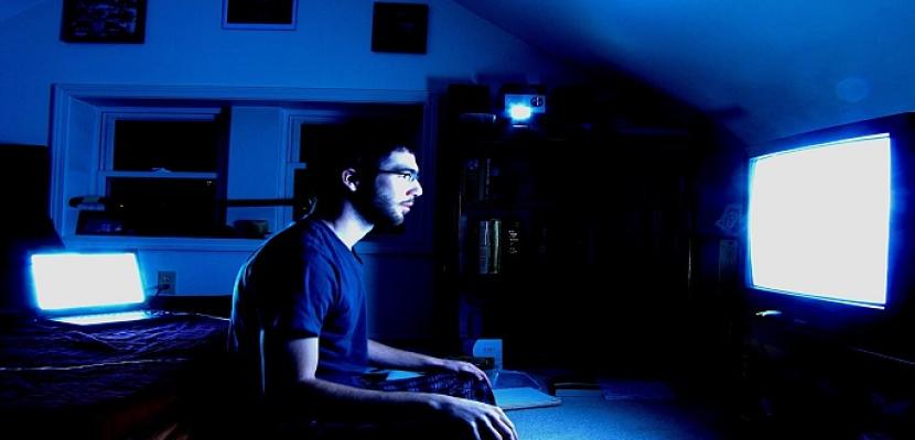 الإفراط في مشاهدة التلفزيون يزيد من خطر تكون جلطات الأوردة