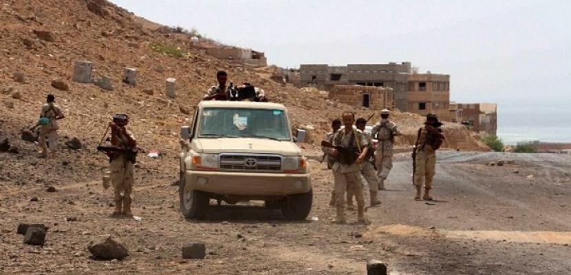 الجيش اليمنى يضيق الخناق على الحوثيين فى آخر معاقله بمديرية باقم