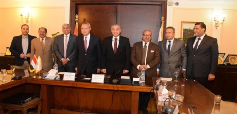 وزير التموين يشهد توقيع عقد إنشاء أول منطقة لوجستية بقنا