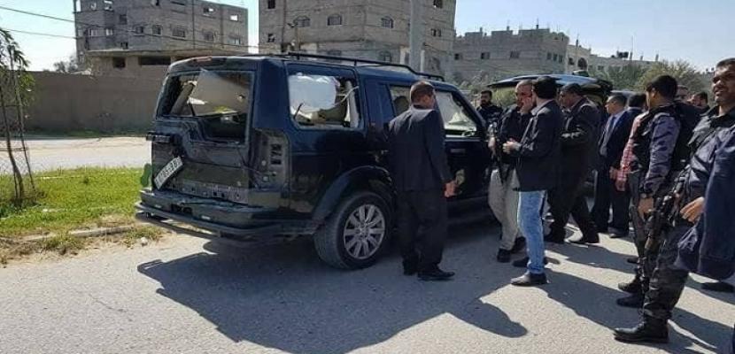 بالصور .. نجاة رئيس الوزراء الفلسطينى من انفجار استهدف موكبه فى غزة .. والسلطة تحمل حماس المسئولية