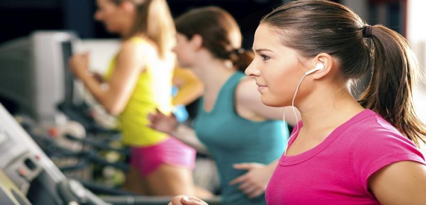سماع الموسيقى أثناء ممارسة النشاط الرياضي يزيد من نشاط المخ
