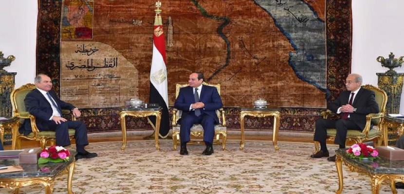 بالصور .. الرئيس السيسى يؤكد لرئيس وزراء الأردن حرص مصر على تطوير التعاون المشترك بين البلدين