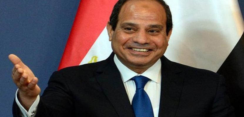 الرئيس السيسي يهنئ الشعب المصري بمناسبة عيد الفطر المبارك
