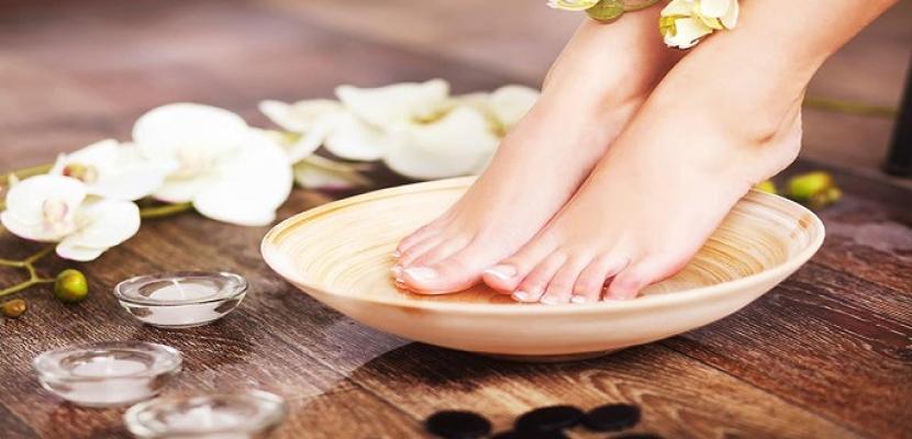 6 نصائح للعناية بالقدمين خلال فصل الصيف