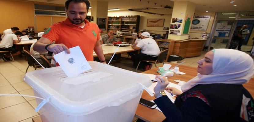 لبنان: بدء الانتخابات النيابية بطرابلس وسط توقعات بفوز مرشحة تيار المستقبل
