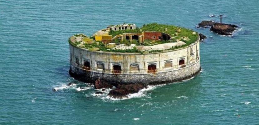جزيرة بريطانية للبيع بأقل من سعر شقة