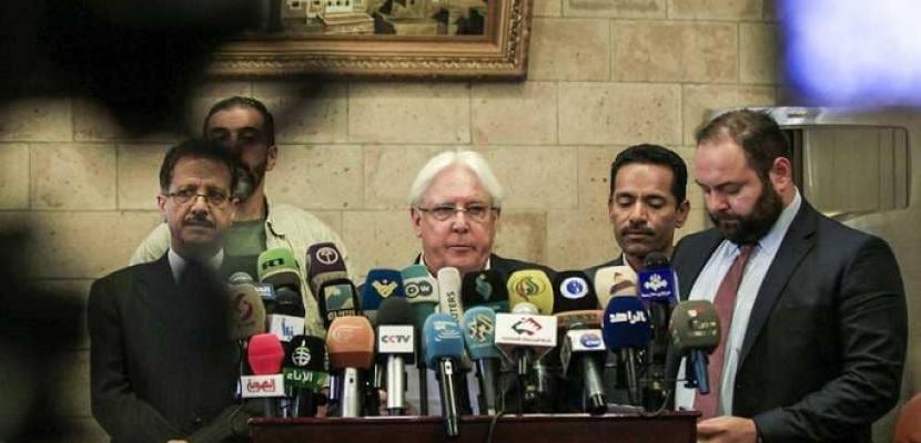 الخليج الامارتية تدعو مارتن جريفيث إلى التركيز على إنهاء الانقلاب الحوثي