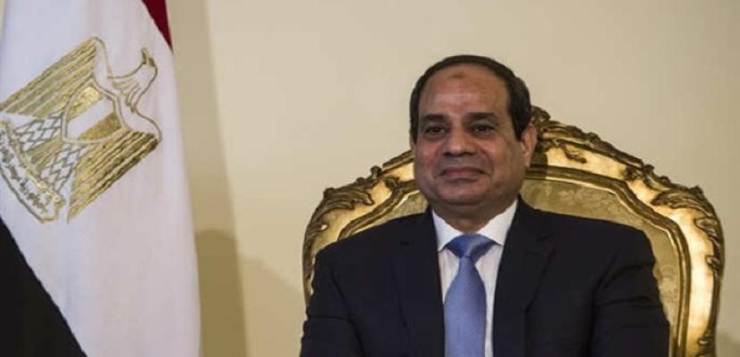 خلال لقائه سياسيين ومفكرين سودانيين.. السيسي يؤكد حرص مصر على استقرار السودان وتكثيف التعاون المشترك