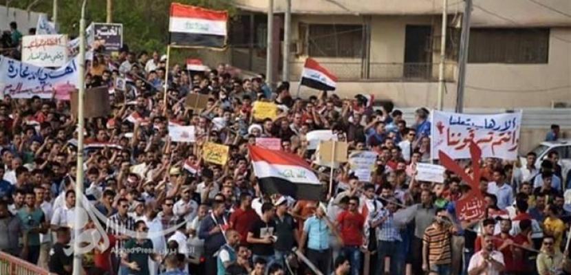 متظاهرون يقتحمون مكتبين لحزبي الدعوة والفضيلة جنوبي بابل