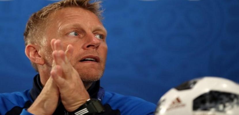 هالجريمسون يستقيل من تدريب أيسلندا