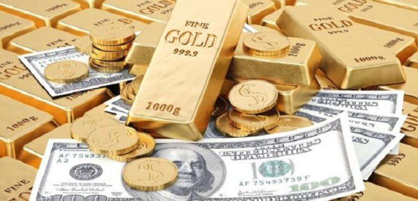 الذهب يفقد 11 دولاراً عند التسوية مع قوة العملة الأمريكية