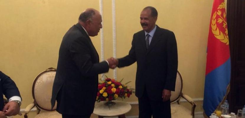 خلال لقائه سامح شكري بأسمرة.. الرئيس الإريتري يؤكد محورية الدور المصري في منطقة القرن الأفريقي