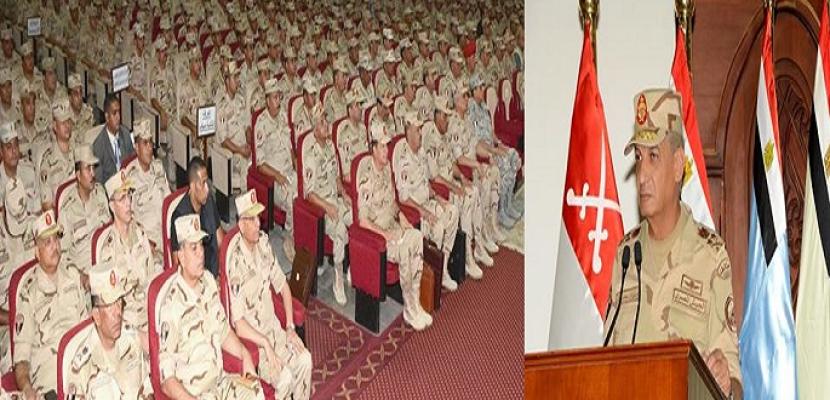 وزير الدفاع: رجال القوات المسلحة درع الوطن وسيفه فى مواجهة الإرهاب