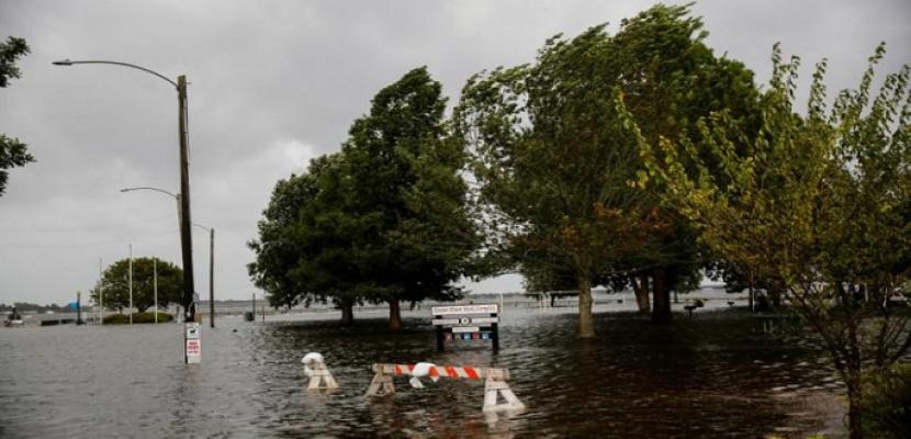 الإعصار فلورنس يغمر ولايتي نورث وساوث كارولاينا بأمطار غزيرة وفيضانات