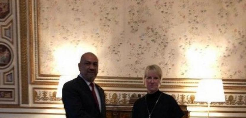 وزير الخارجية اليمني يشيد بجهود السويد في استضافة مشاورات السلام
