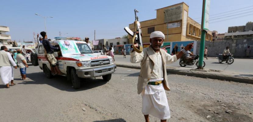 """""""البيان"""" الإماراتية: الأمم المتحدة تقترح خطة بتسلّم المراقبين الدوليين منافذ الحديدة"""