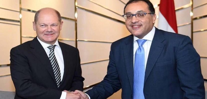 رئيس الوزراء يلتقى نائب المستشارة الألمانية ووزير ماليتها لبحث التعاون المشترك