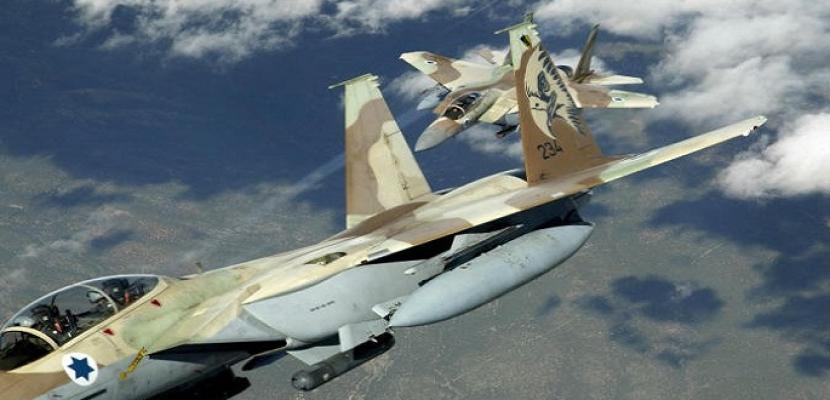 طائرات الاحتلال الإسرائيلي تستهدف مخيم العودة وسط غزة بصاروخين