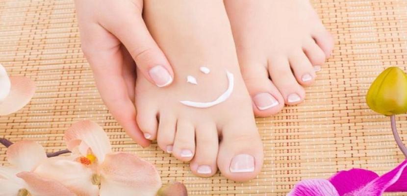 وصفات طبيعية لعلاج فطريات القدم