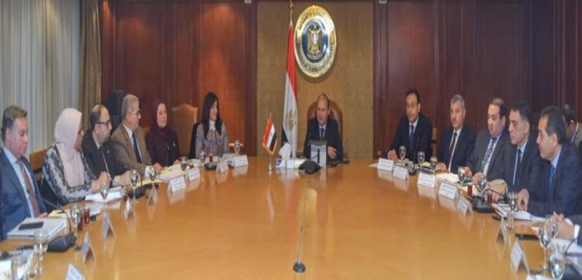 وزير التجارة : ننسق مع المجموعة الاقتصادية لتعزيز منظومة التصدير