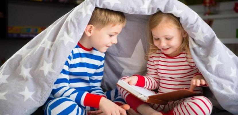 كيفية اختيار الكتب والقصص المناسبة لطفلك