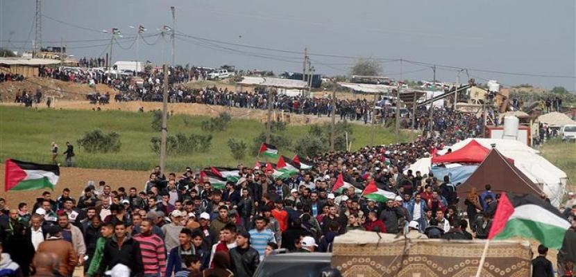 """الفلسطينيون في غزة يستعدون لجمعة """"صمودنا سيكسر الحصار"""""""
